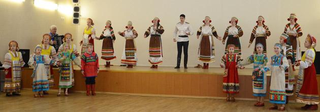 koncert-ansamblya-zabavushka-v-horoshevo-005.jpg